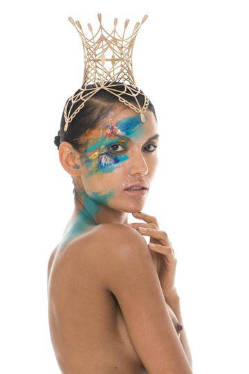 Olya crown