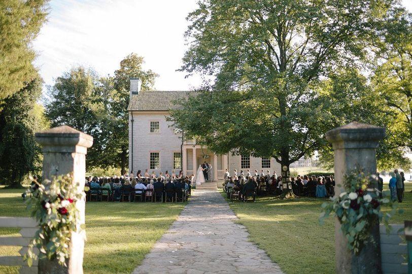 1cafb141b9de3263 rock castle wedding