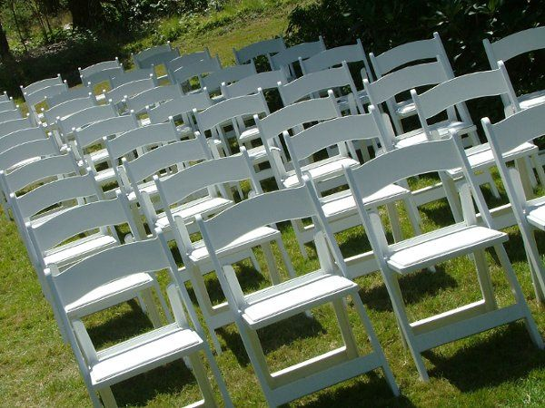 OutdoorWeddingChairs2816px