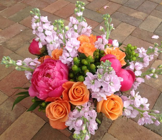 flowers by larry wedding flowers north carolina charlotte asheville and surrounding areas. Black Bedroom Furniture Sets. Home Design Ideas