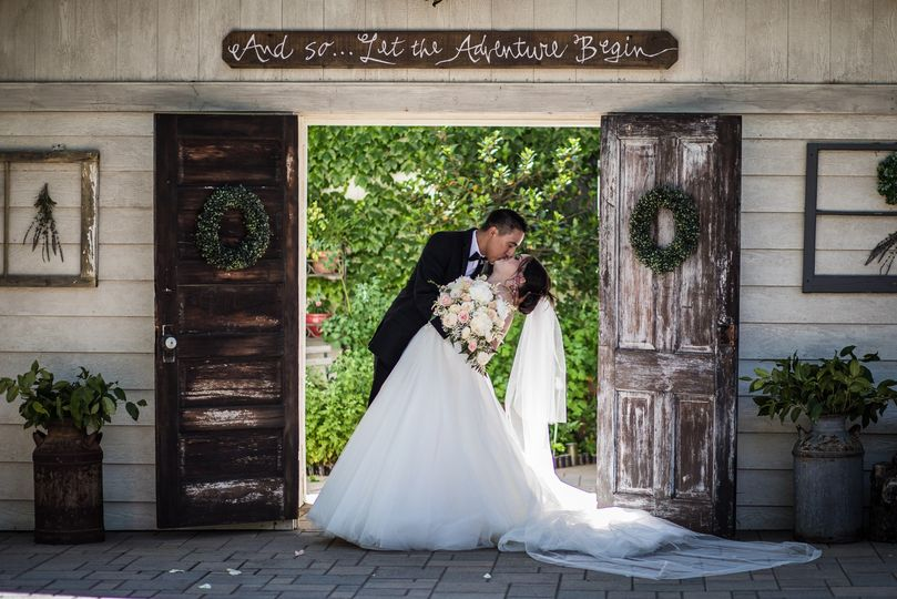 wedding portraits bride groom the heamstead c j 51 1044439 1562832264