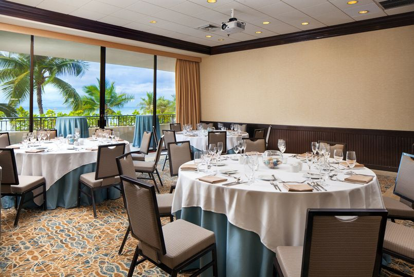 Our newly renovated Puna Room features an event space with a balcony overlooking Waikiki Beach.