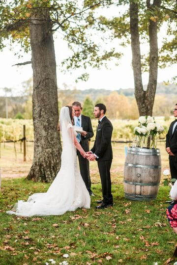 Wedding ceremony - Photo Credit : John Myers Photography