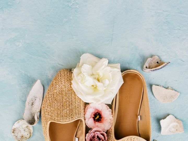 Tmx Lauryn Kay Photography Oregon Beach Wedding Shoes 51 1034539 158414216855754 Portland, OR wedding photography