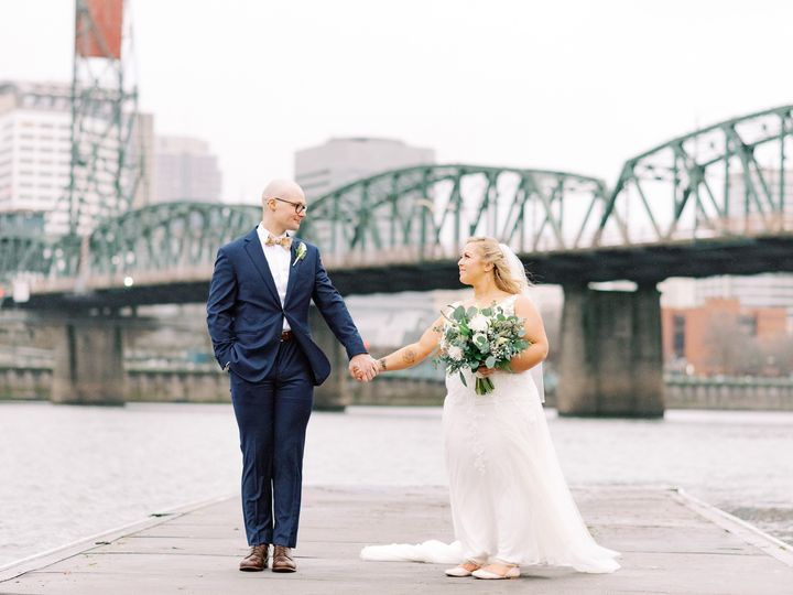 Tmx Lauryn Kay Photography Riverfront Wedding 51 1034539 158414213919720 Portland, OR wedding photography