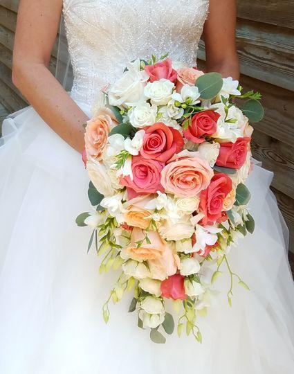 april 39 s floral expressions flowers charlotte nc weddingwire. Black Bedroom Furniture Sets. Home Design Ideas