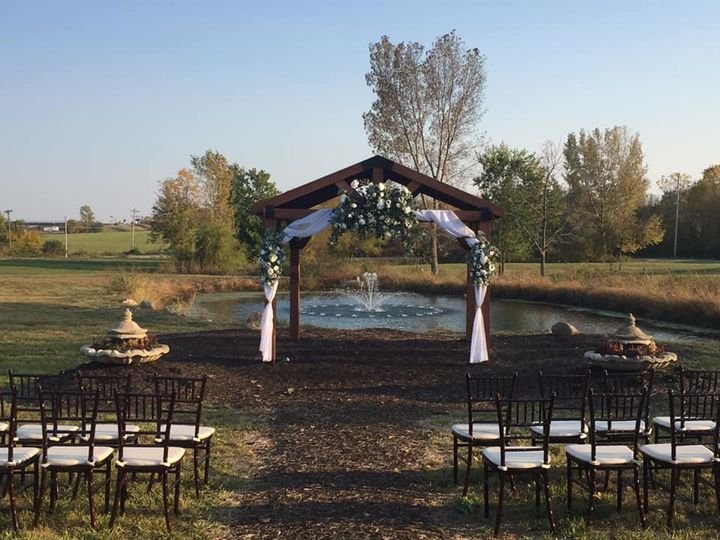 Tmx Pond With Arbor 51 1965539 160303839291274 Peculiar, MO wedding venue