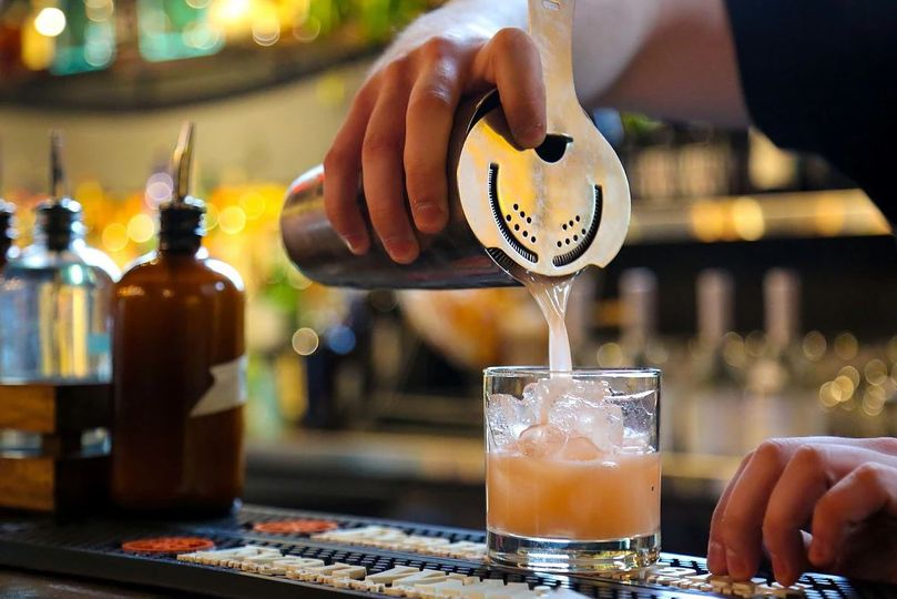 Mixing a specialty drink