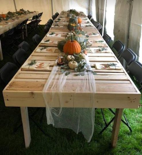 Rustic farm table & fall decor