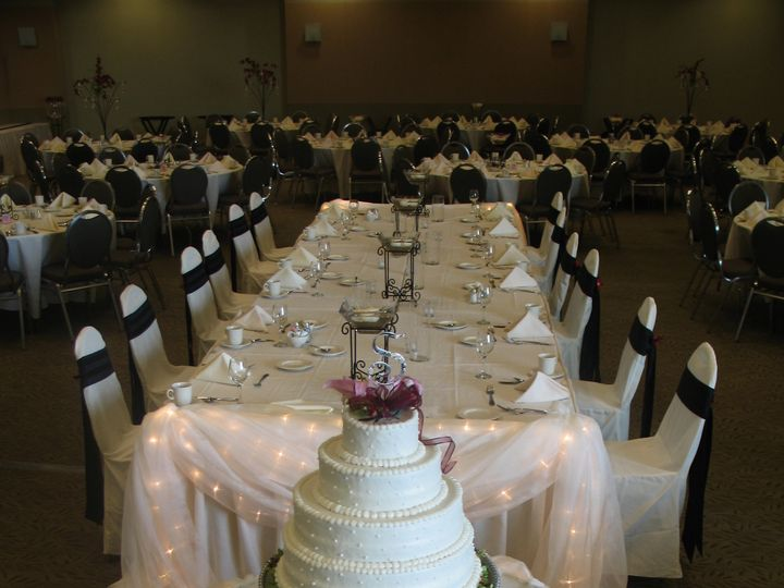 Tmx 1487380528284 4 Tier Cake On A 3 Foot Round Table At Grc By Insi Dubuque, IA wedding rental