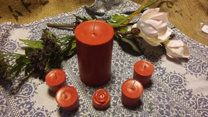 Fresh Cut Roses Soy Candles. Made of 100% Organic Soy Wax, no Additives, Cotton Wicks, Phthalate...