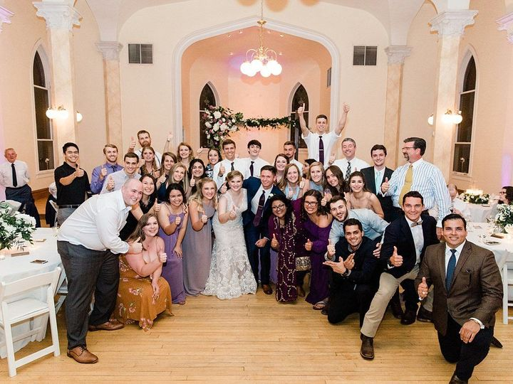 Tmx 1534869679 44df52569f353274 1534869678 610bcd7b6e400cb3 1534869596962 34 888 Fort Worth wedding venue