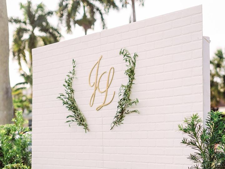 Tmx Laurajamesengagementparty 48 51 1957539 159499860275270 Fort Lauderdale, FL wedding florist