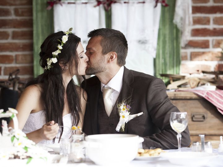 Tmx 1424382384769 Bride Groom Eating With A Kiss Eugene, OR wedding catering