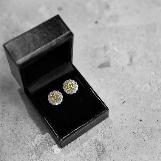 Wedding day jewelry