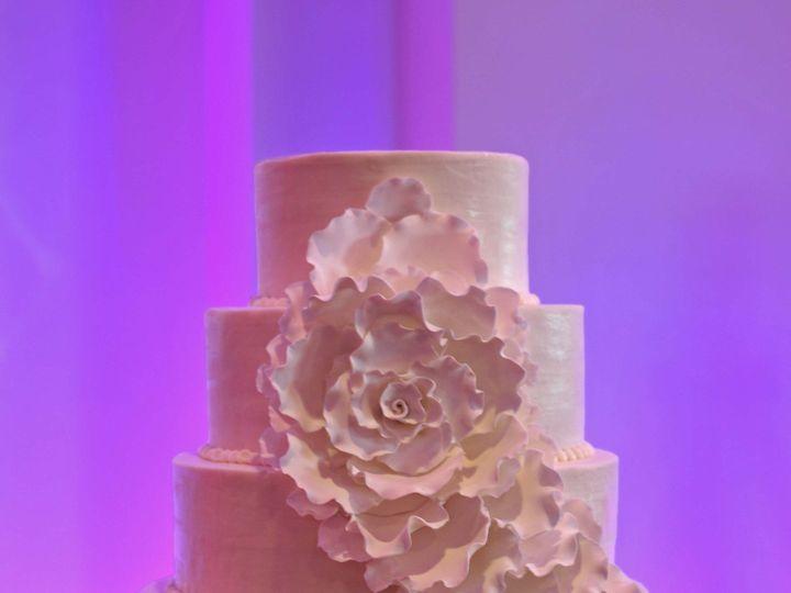Tmx 1379870302658 Dsc86018x10x300 Copy Virginia Beach wedding cake