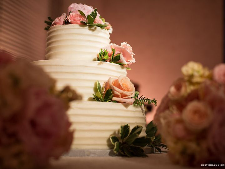 Tmx 1473257142869 09020160521justinhankins5d3b1630 Virginia Beach wedding cake