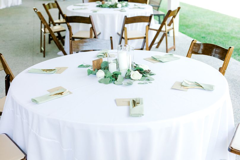 Ceremony seating + centerpiece