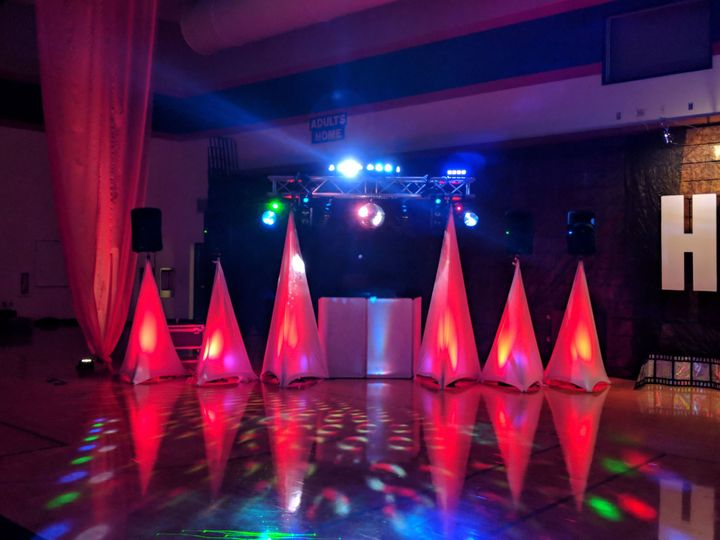 Large room DJ station