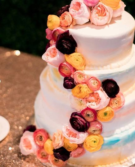 3-tier cake with cascading flowers