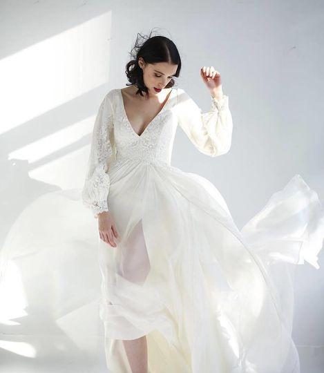 Flutter Boutique - Dress & Attire - Minneapolis, MN - WeddingWire