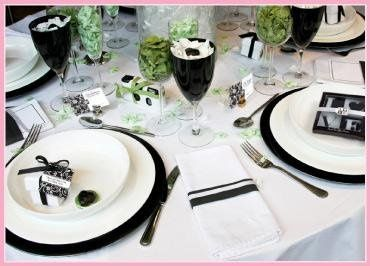 SimplyWeddingStuff.com has a variety of wedding and bridal shower decorations, favors and...
