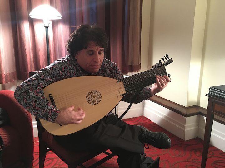 Matthew Weinman on Baroque Lute
