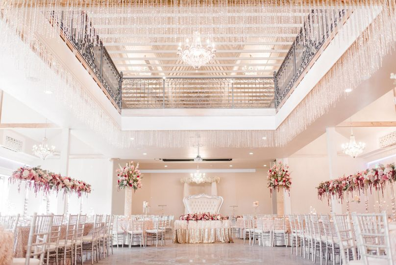526e5bea3662bac5 1489516158737 skyler sean haynes wedding reception details 010