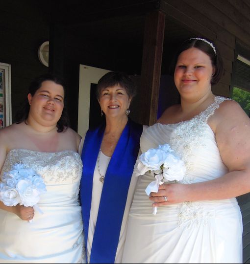 Congratulation to Samantha and Heather!