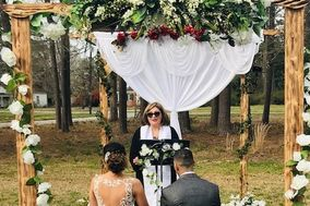 Weddings By Reverend Susie ( Dignorah ) Saviñon
