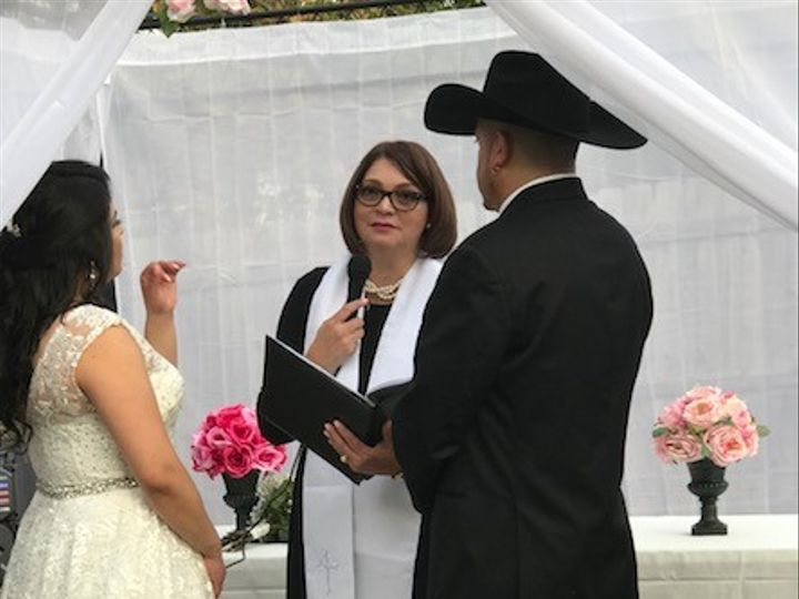 Tmx Img 0083 51 1068639 1559071593 Raleigh, NC wedding officiant