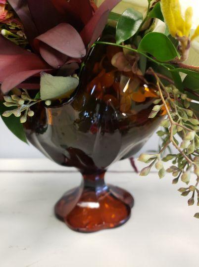Amber vintage pedestal vase