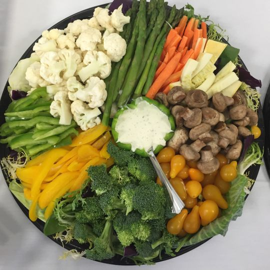 Raw Veggie Platter with Ranch Dip