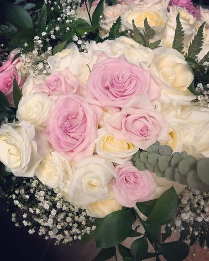 Summer pink and white wedding