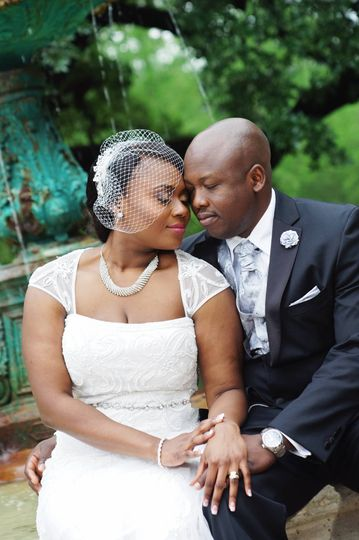 Wedding Portrait session at Sam Houston Park downtown.