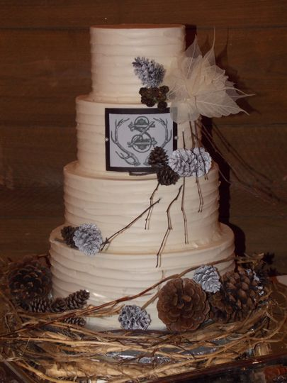 Four-layer round cake