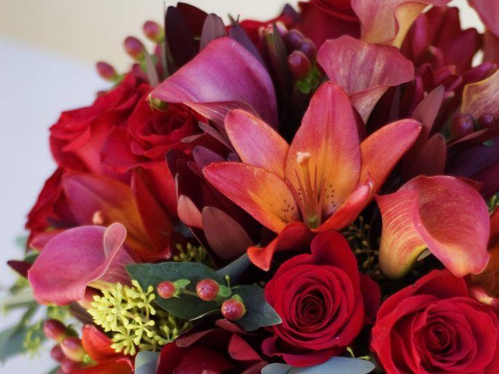 Tmx 1389489121591 Red Centerpiec Windsor wedding florist