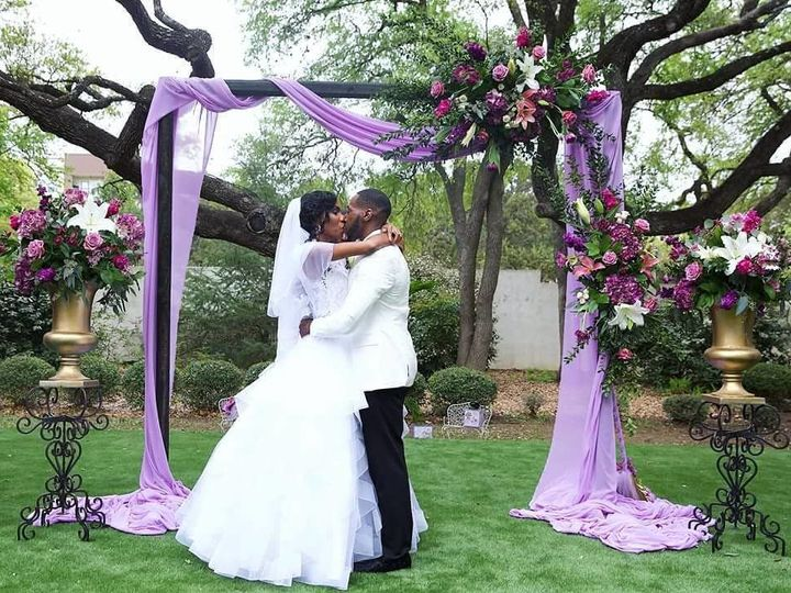 Tmx 1535572318 1d9ad4f72890d14c 1535572317 F1e441c46c469dad 1535572303617 49 29983344 16940899 San Antonio, TX wedding planner