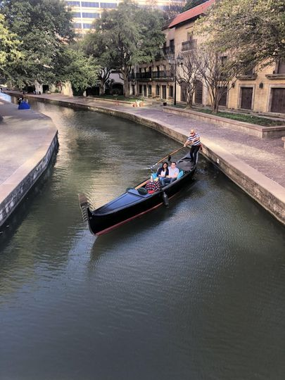 Canal gondola