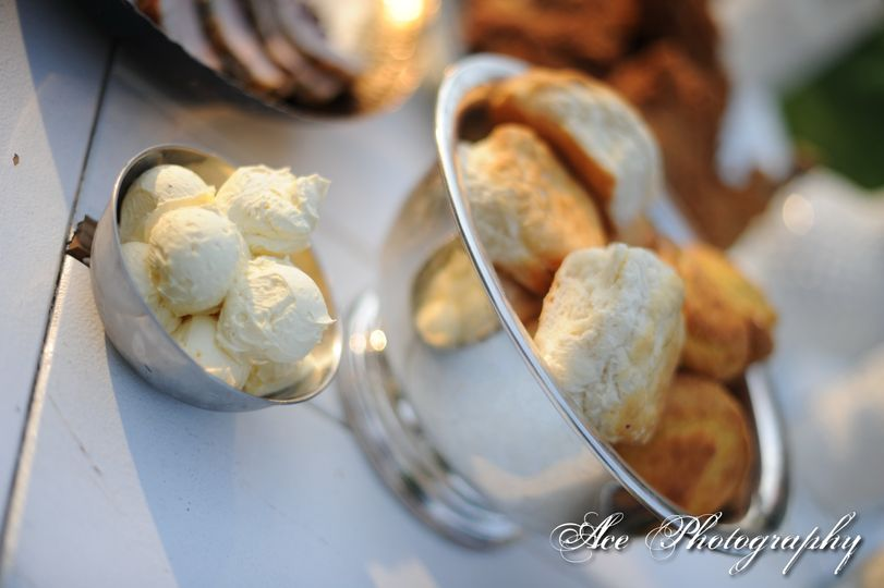 Biscuits and cream