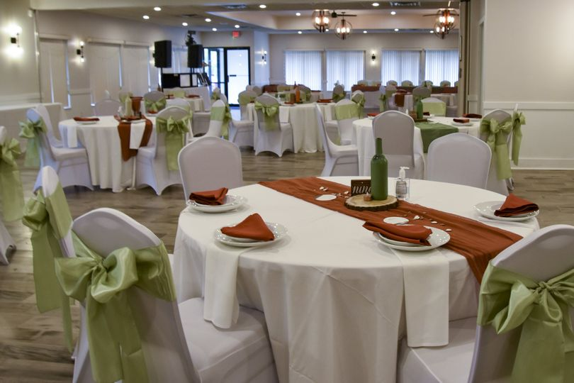 roscoe wedding setup 1 51 2005839 161236956734856