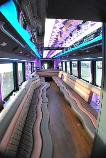 37 passenger luxury limousine coach