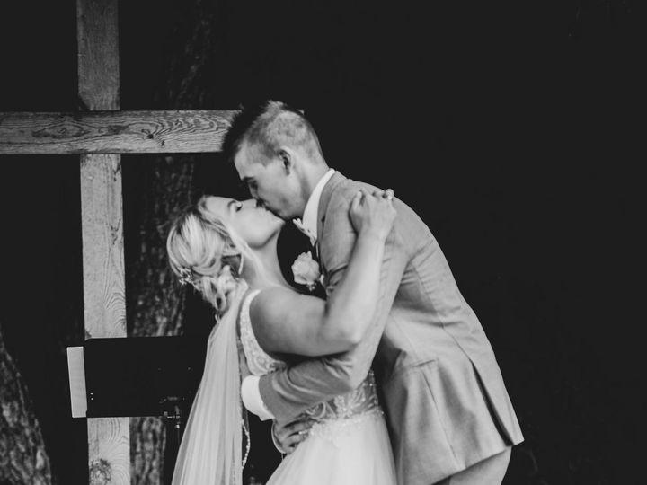 Tmx 117618761 2671131676483931 2396236115459355963 O 51 957839 160347103068241 Eden Prairie, MN wedding photography