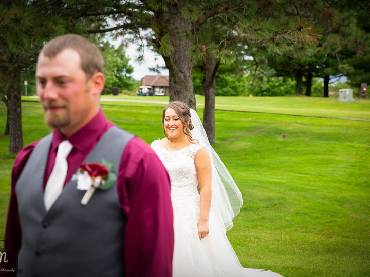 Tmx 120066423 2699581436972288 2981701040067147650 O 51 957839 160347105880243 Eden Prairie, MN wedding photography