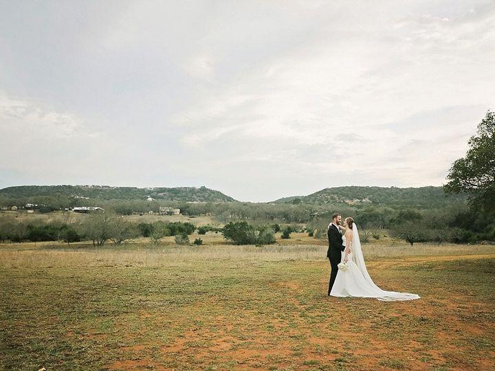 Tmx 2018 06 12 0012 51 149839 157954416694767 Austin, TX wedding photography