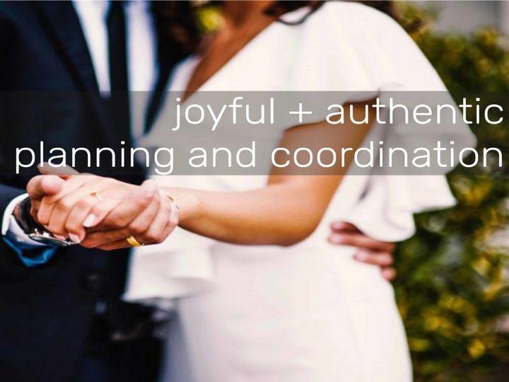 Tmx 2 Modern Aisles Authenticity 51 1920939 158050469152566 Seattle, WA wedding planner