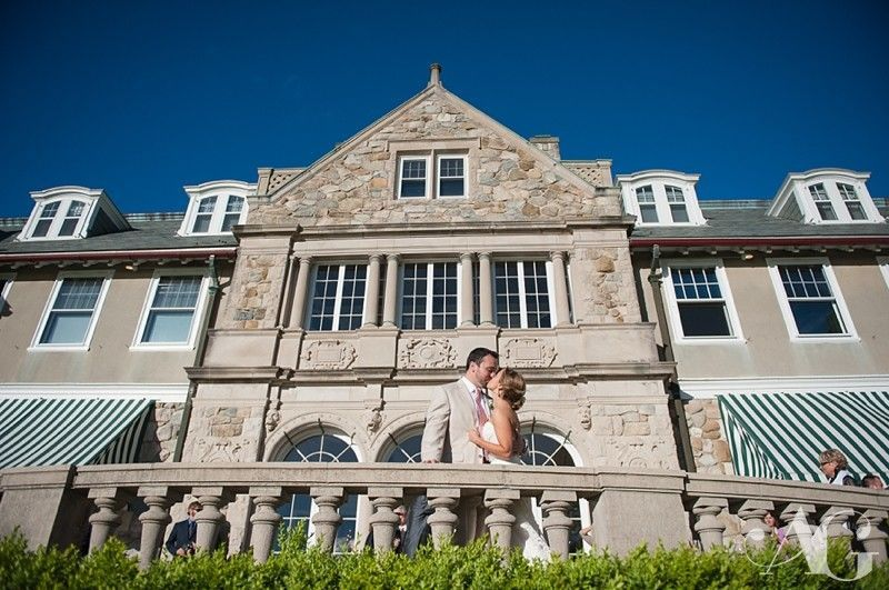 bf9f41c0f30d9ddc 1382400963765 0042blithewold mansion wedding