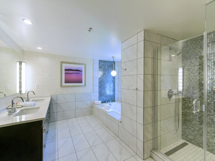 Tmx Hyatt Place Asheville Bridal Bathroom 51 902939 Asheville, NC wedding venue