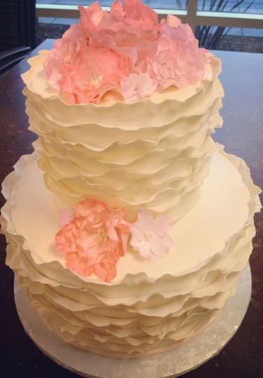Sweet Layers Cakes Amp Pastries Wedding Cake California
