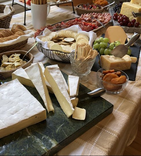 "The cheese ""Farm Table"""